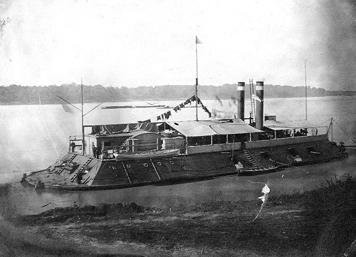 USS Cincinnati in 1862-1863 (US Naval Historical Center Photo #NH 63211)