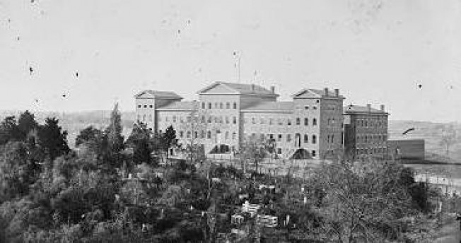General Hospital No. 1 (Alms Hospital) in Richmond (Library of Congress)