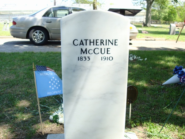 The grave of Catherine McCue (Machelle Long)