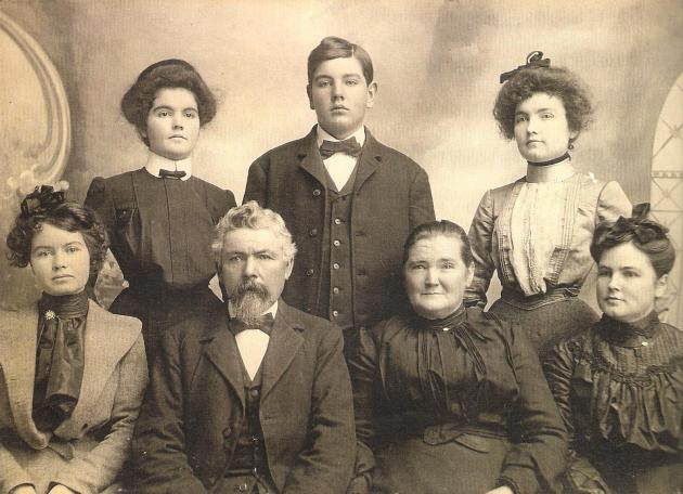 Menomen O'Donnell and his family in later years (Deborah Maroney)