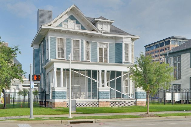 The Arthur B. Cohn House in Houston. Built in 1905, it incorporated elements of the earlier Browne family home and was originally built on land owned by Winnifred Browne (Ed Uthman)