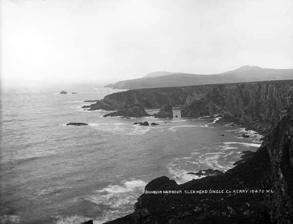 The dramatic scenery around Dunquin as it appeared in late 19th and early 20th centuries. This is the area from which the Garveys and Longs emigrated (National Library of Ireland)