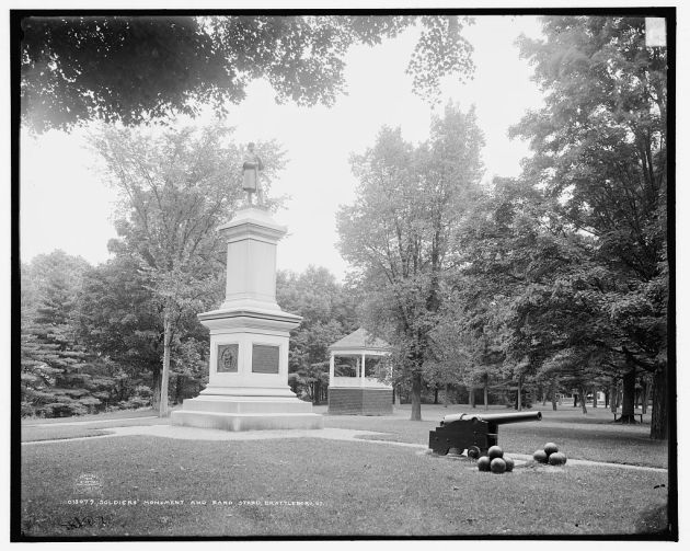 The Soldiers Monument in Brattleboro, c. 1905. Luke Ferriter would have been extremely familiar with this scene (Library of Congress)