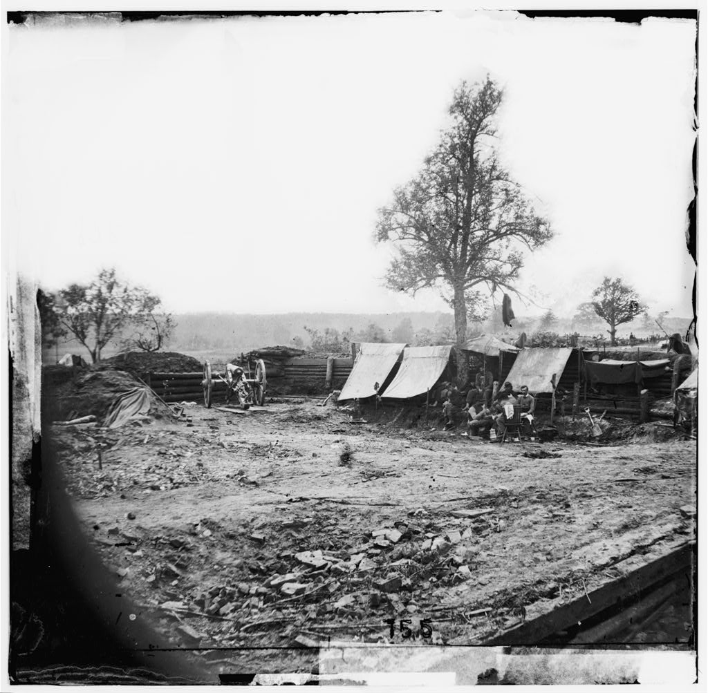 North Ann River, Virginia. Interior view of a Confederate redoubt commanding Chesterfield Bridge. Captured by the 2nd Corps under General Hancock, May 23, 1864 (Timothy O'Sullivan/ Library of Congress)