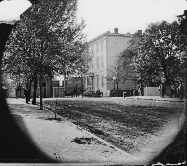 The White House of the Confederacy in 1865 (Library of Congress)