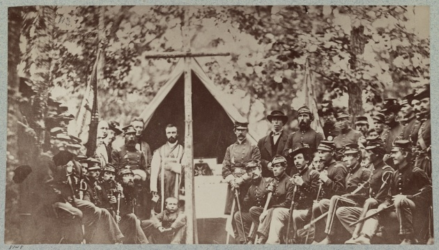 The 9th Massachusetts Celebrate Mass in 1861 (Library of Congress)