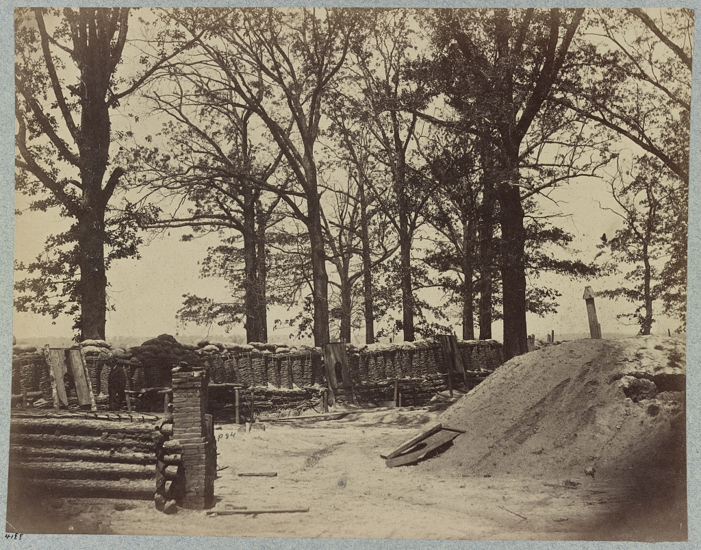 The interior of Fort Stedman, Petersburg, 1865. The object of the main Confederate assault on 25th March. Events here would lead to the 69th New York being ordered forward on the left of the line, at Skinner's Farm (Library of Congress)