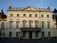 Iveagh_House_morning