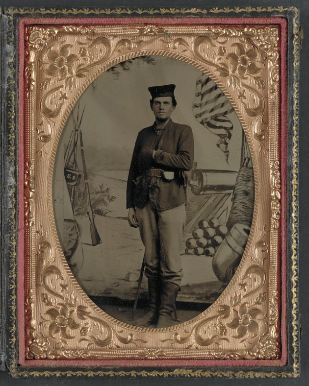 A soldier of the 12th Illinois Infantry, Con Carroll's Regiment (Library of Congress)