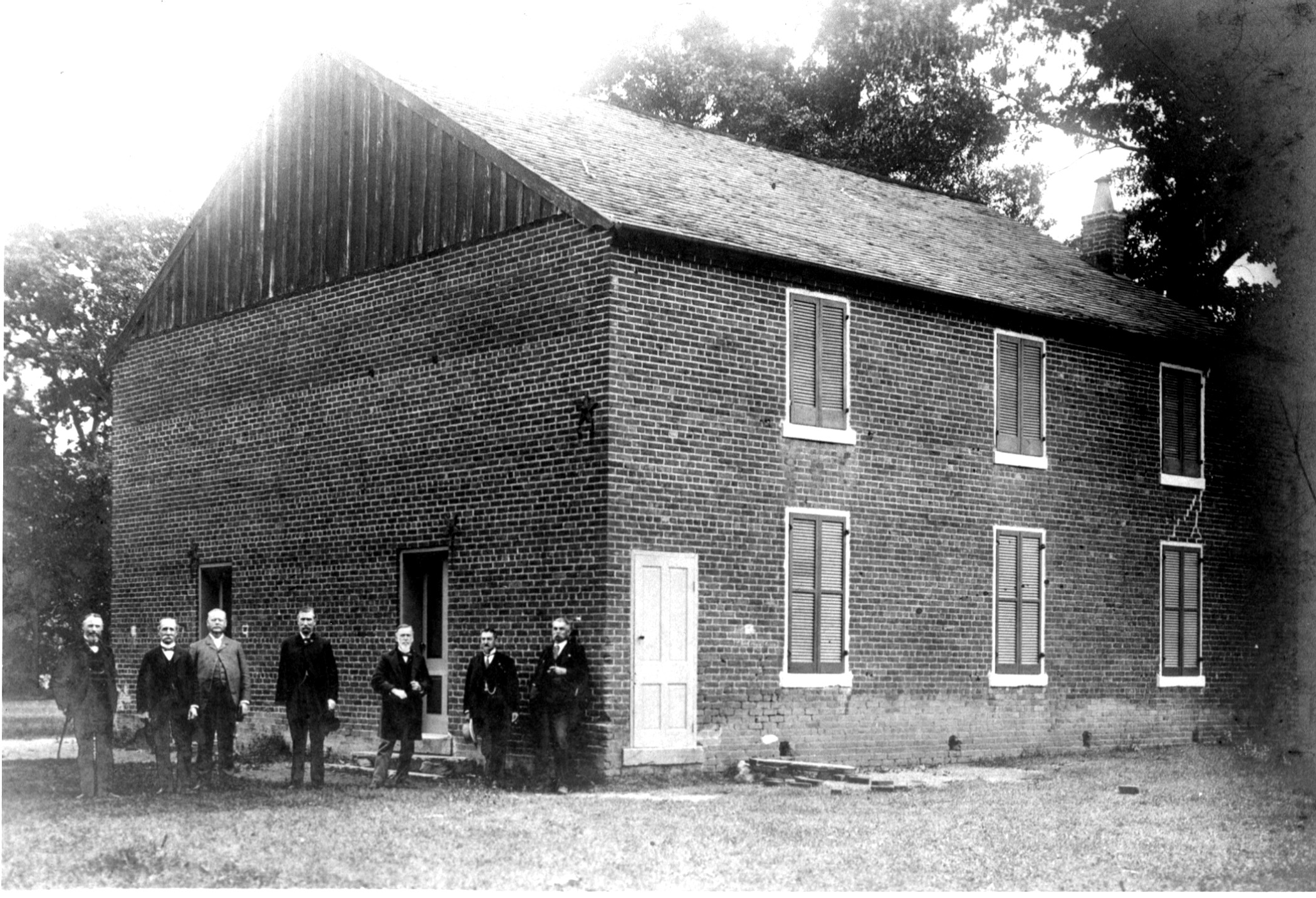 Veterans at Salem Church in 1900 (National Park Service via Wikimedia Commons)