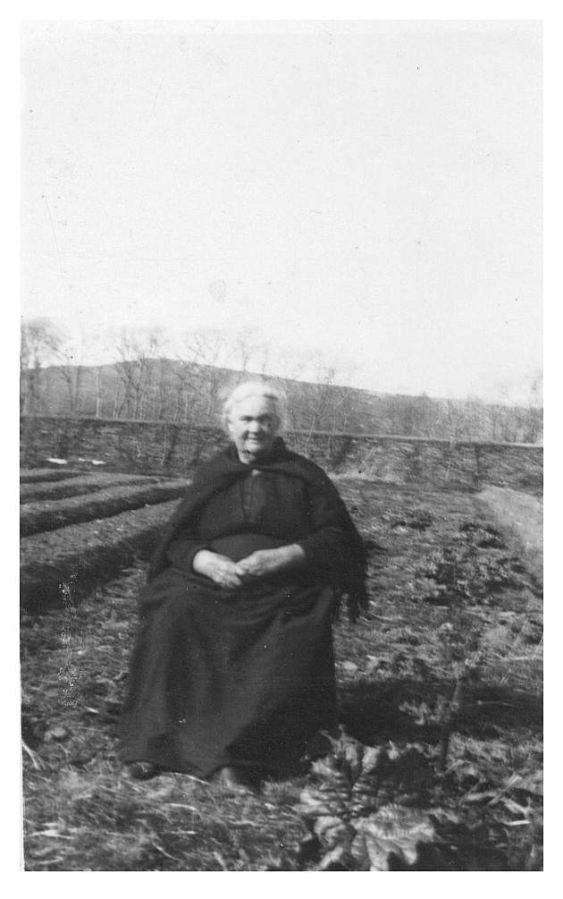 Daniel and Mary's American born daughter Biddy in later life in Dingle (Mossy Donegan)