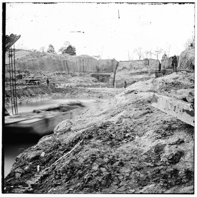 Dutch Gap Canal in November 1864 (Library of Congress)