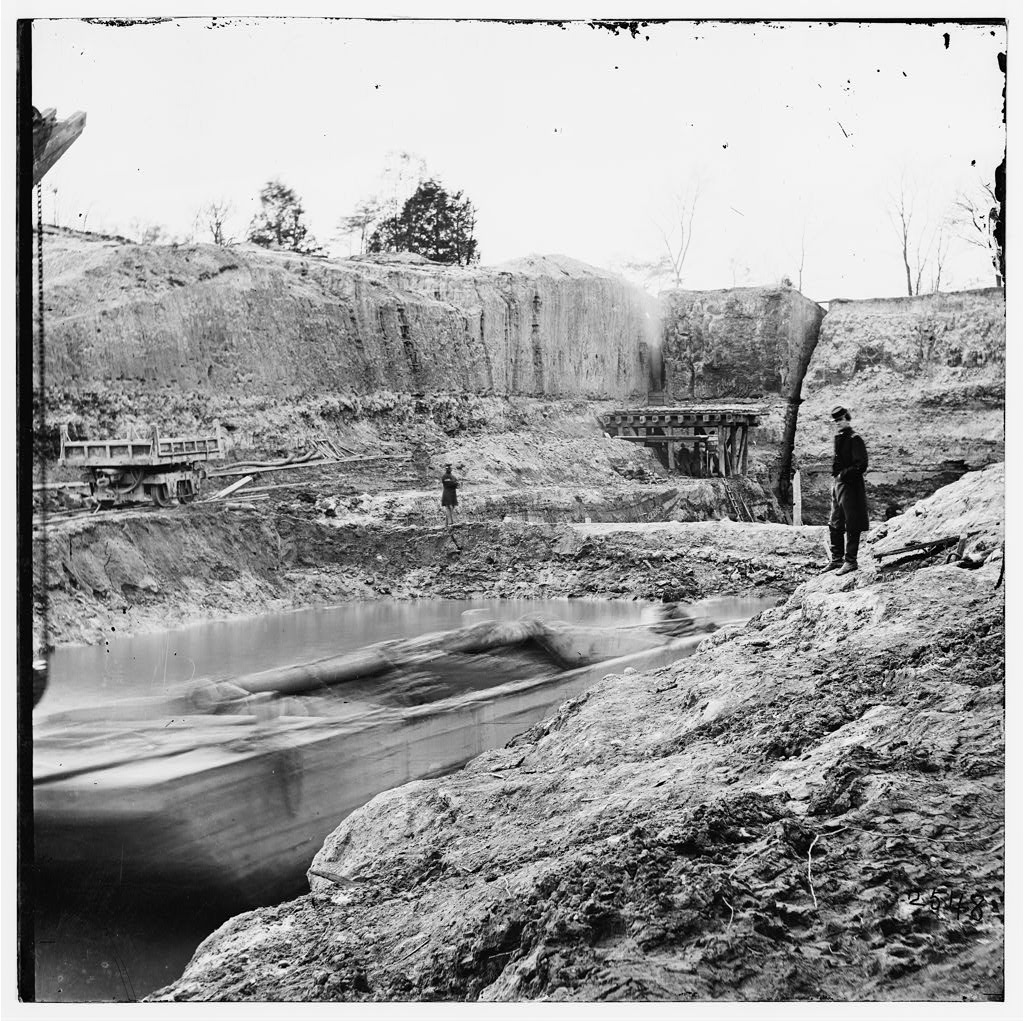 The Dutch Gap Canal during construction (Library of Congress)
