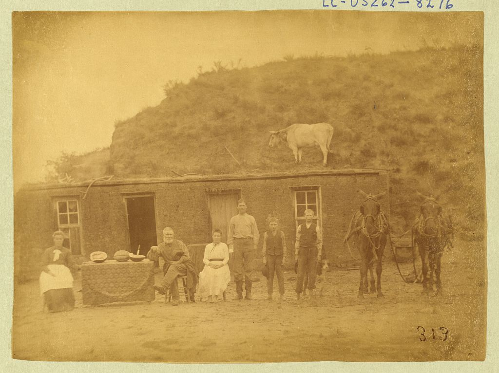 The Rawding Family homestead in Nebraska, 1886 (Library of Congress)