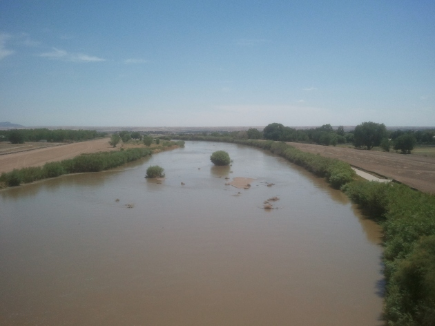 The Rio Grande in West El Paso (B575 via Wikipedia)